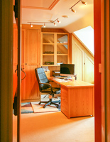 High-quality Hand-crafted Wardrobes and Home Office Furniture